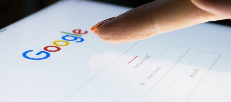 Google ci riprova: allo studio una App per la comunicazione aziendale